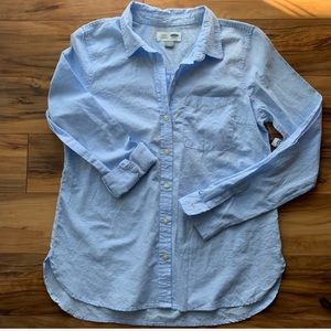 Old Navy Classic buttoned down M